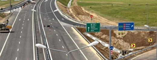 Guvernul promite noi autostrăzi. Lucian Bode a anunțat 150 de km noi de drum de mare viteză