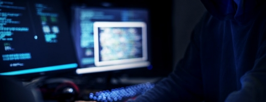 O nouă campanie de FRAUDĂ se desfășoară pe Facebook! Ce este phishing-ul și cum îl eviți?