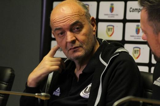 U-BT Cluj a reușit cel mai important transfer! Vujosevic rămâne  încă un an la club