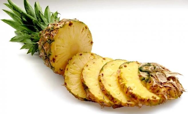 Ananas toxic: cand devine ananasul toxic. Semnele la care trebuie sa te uiti
