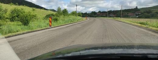 """Drumul între Cluj-Napoca și Zalău, o aventură noaptea! DRDP Cluj lucrează """"în dorul lelii"""""""