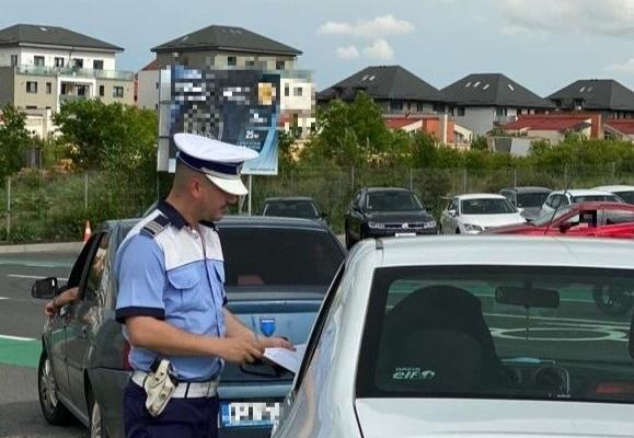 Sute de șoferi trași pe dreapta în Cluj-Napoca. Polițiștii au dat zeci de amenzi
