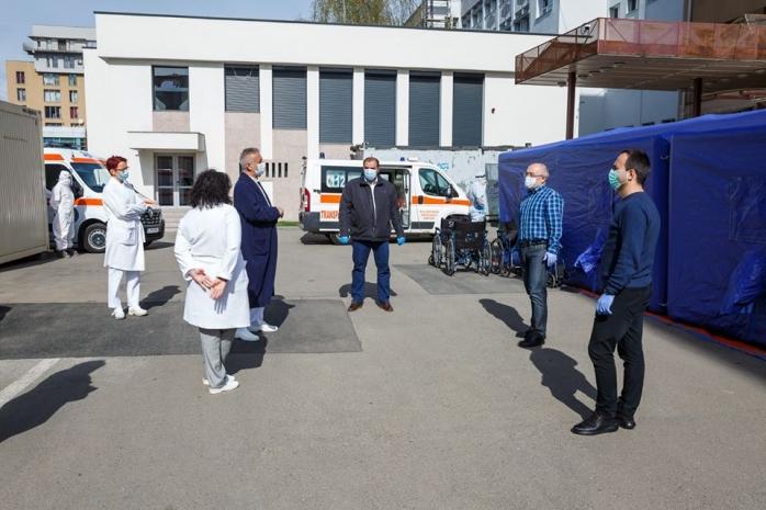 Primăria investește în sănătatea clujenilor, oferă asigurări Emil Boc. Câți bani au mers la spitale?