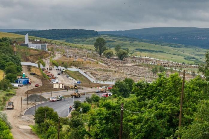 Noul cimitir al Clujului, cu peste 5.000 de locuri, este aproape finalizat