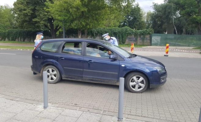 Polițiștii clujeni i-au amendat pe șoferii care nu folosesc dispozitive de fixare în scaun sau centura de siguranță pentru copii