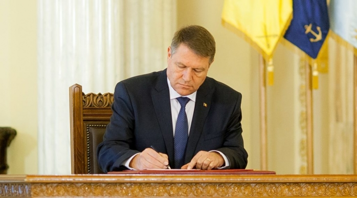 Klaus Iohannis a promulat legea carantinei și izolării