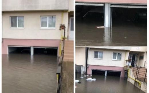 Ploile torențiale au făcut POTOP în județul Alba. Imobile inundate și străzi îngropate sub ape