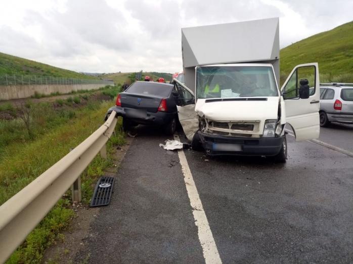 Încă un accident la Cluj. O femeie a ajuns la spital