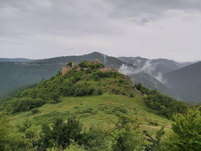 Cetatea Liteni, nestemata Țării Călatei / foto: Raymond FÜSTÖS