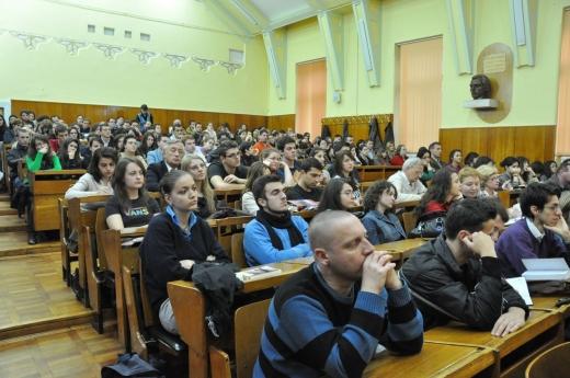 Revin studenții la Cluj din Toamnă ? Rectorul UBB a oferit răspunsul așteptat de toată lumea