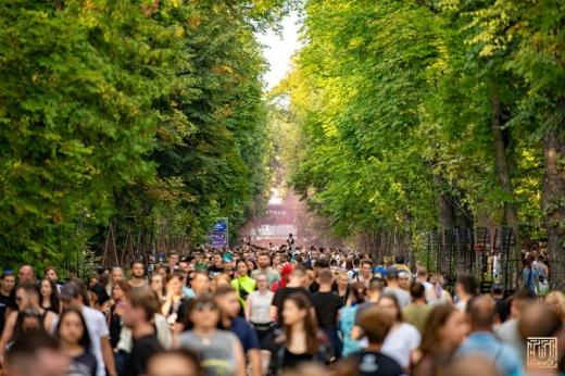 Astăzi trebuia să înceapă UNTOLD 2020! Festivalul s-a mutat online, străzile, mai goale ca niciodată