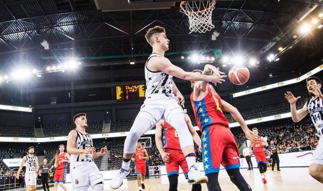 U-BT Cluj l-a pierdut pe Toni Rotaru! Tânărul jucător a semnat cu Sibiu