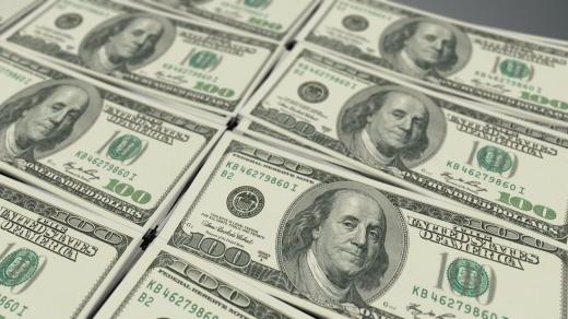 ANALIZA SĂPTĂMÂNALĂ. Trump și pandemia lovesc dolarul