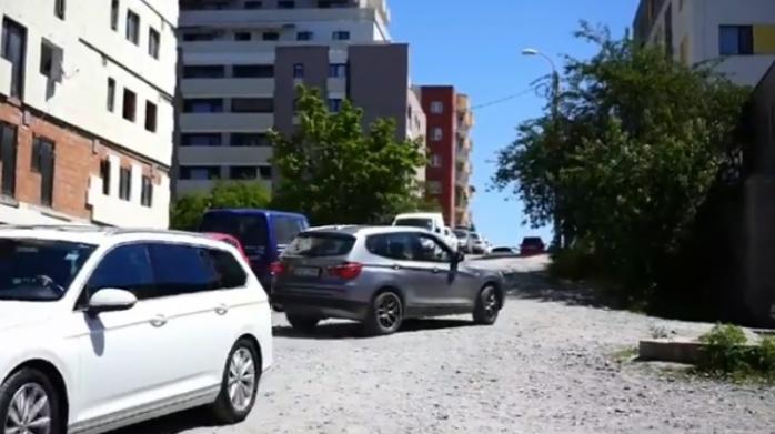 """Străzi de PĂMÂNT în orașul de 5 stele! """"Praf și pulbere în cele mai noi cartiere din Cluj"""""""