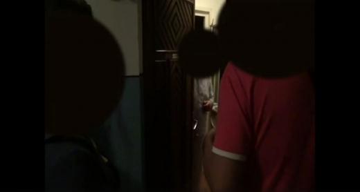 """VIDEO. Moment emoționat! Femeia înșelată prin """"metoda Accidentul"""" și-a primit banii înapoi"""