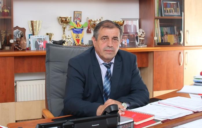 Primarul din Apahida pune tunurile pe DSP Cluj