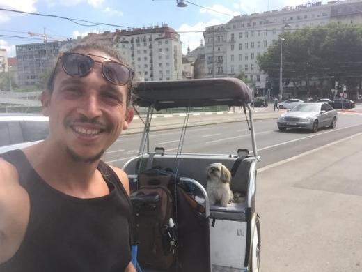 Un bistrițean a pedalat 2.500 de km din Barcelona până acasă din cauza pandemiei
