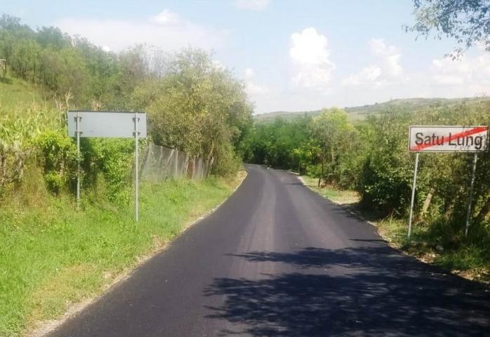 Lucrări finalizate pe un drum județean din Cluj. Unde s-au turnat 4 km de asfalt?