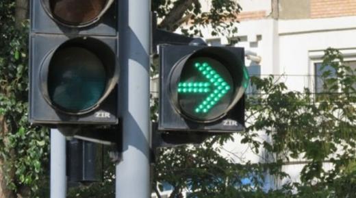 ATENȚIE, ȘOFERI! Semafor NOU instalat pe o stradă aglomerată din Cluj-Napoca
