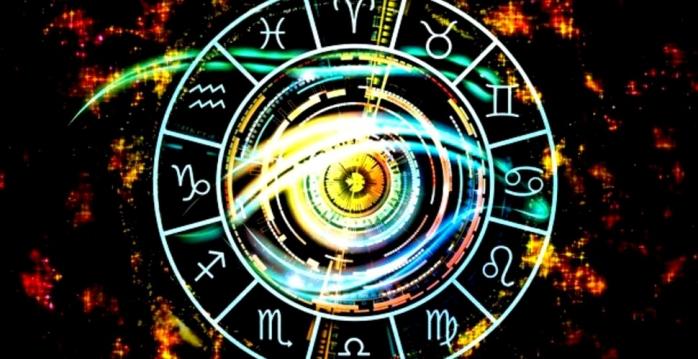 HOROSCOP 15 august 2020. Vești bune și vești rele pentru zodii. Care zodie riscă să-și piardă relația? Ce se va întâmpla cu Capricornii și Taurii?