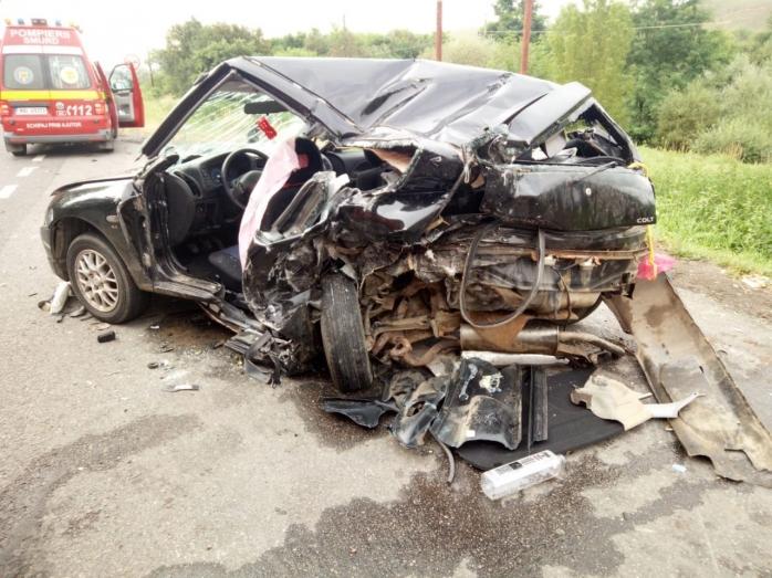 Șoferul băut, vinovat pentru accidentului produs sâmbătă lângă Gilău, a fost arestat pentru 30 de zile