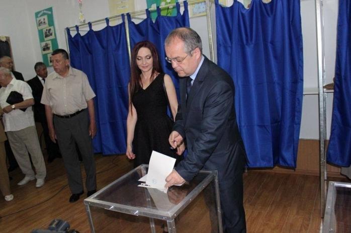 14 pe listă, un singur învingător! Cine sunt și ce promit candidații la Primăria Cluj-Napoca?