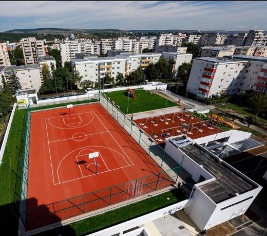 FOTO: Încă un parking modern finalizat în Cluj-Napoca