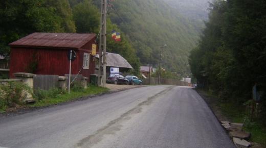 Atenție, șoferi! Se introduc restricții de tonaj și viteză pe un drum județean din Cluj