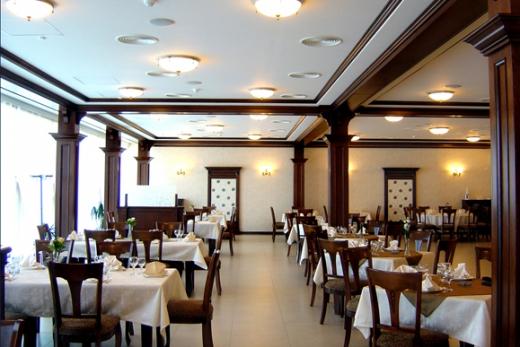 Se redeschid restaurantele de la 1 septembrie! Ce condiții speciale au fost impuse?