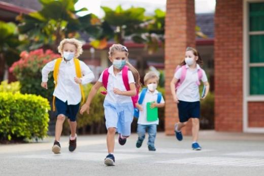 STUDIU. Părinții vor școala față în față. Care sunt motivele lor?