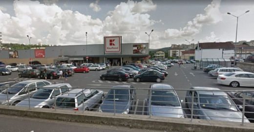 """Magazinele Kaufland din Cluj, amendate de Protecția Consumatorului pentru """"produse neconforme"""""""