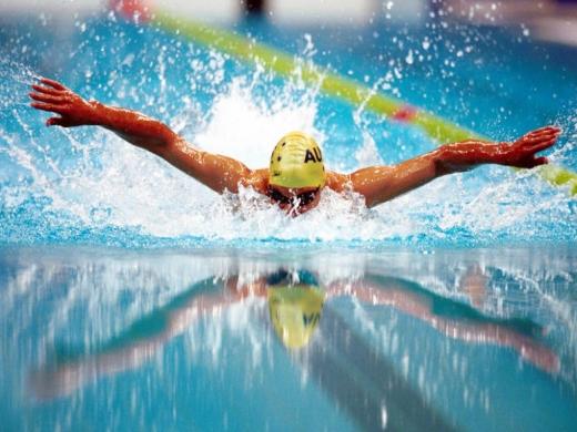 piscinele-interioare-raman-inchise-de-frica-virusului-cei-mai-afectati-bolnavii-si-sportivii