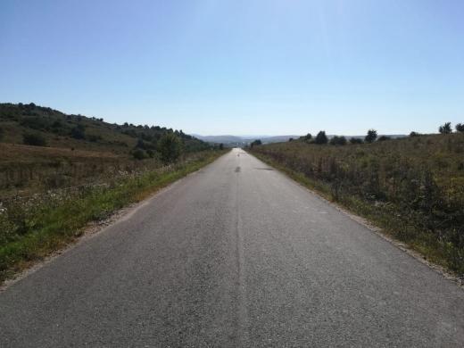 Drum județean asfaltat la granița cu județul Sălaj