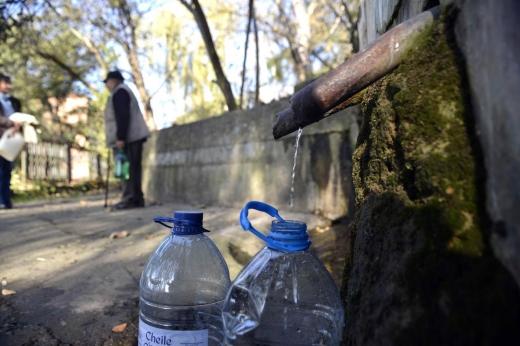 45 de școli se deschid cu elevii în bănci, dar fără apă la robinet