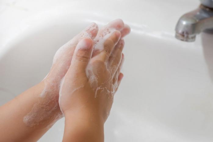 """Boc: """"Nu mai există școală în Cluj fără săpun, hâtie igienică și dezinfectant. Dacă se întâmplă, acel director trebuie să plece acasă"""""""
