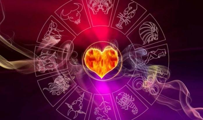 HOROSCOP 15 septembrie 2020. Vești bune în dragoste! Care nativ se îndrăgostește?