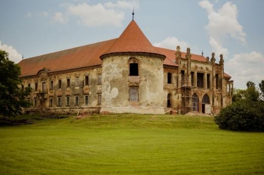 Se deschid porțile Castelului Bánffy