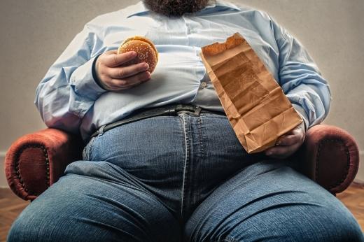 Obezitatea crește riscul de deces de Covid-19 cu 48%