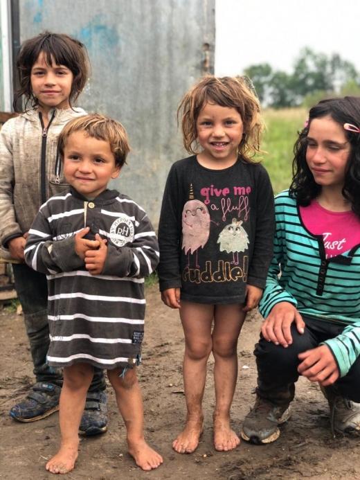 CERT Transilvania cumpără o casă pentru o familie cu 6 copii din Mărgău