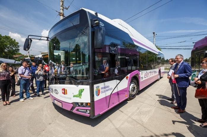 """Transport în comun NEPOLUANT în toată ZONA METROPOLITANĂ, până în 2028. Boc: """"Clujul domină România la transportul alternativ"""""""