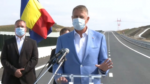 """Iohannis, la deschiderea noului tronson al A3: """"Trebuie să lucrăm mai repede și să ne ţinem de termene"""""""