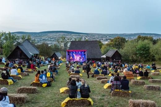 a-treia-zi-de-jazz-in-the-park-cum-s-a-desfasurat-festivalul-in-acest-an-video