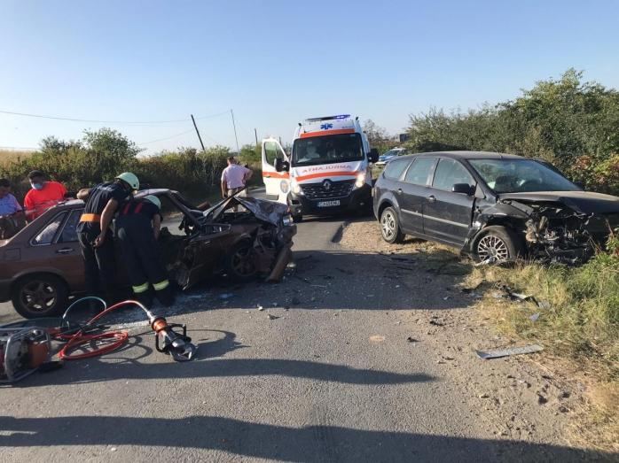 Accident grav pe un drum din Cluj. O femeie a murit pe loc