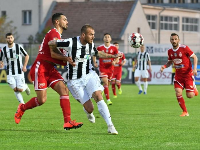 CFR Cluj, transfer de ultim moment înaintea meciului cu Djurgarden! Pe cine vrea Petrescu din Liga 1