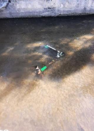 alte-trotinete-aruncate-in-canalul-morii
