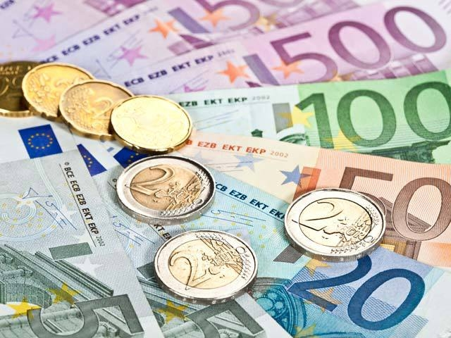 Curs Valutar. Euro va trece de 4,86 lei