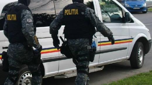 95 de kilograme de droguri depistate de polițiștii clujeni în urma unor percheziții