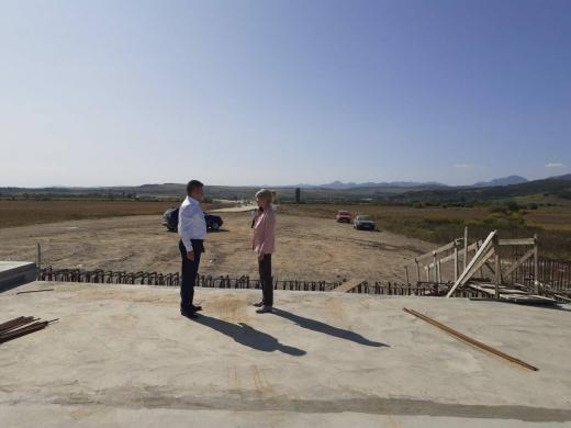 """Vizită INOPINATĂ pe lotul 2 al Autostrăzii Sebeș -Turda. Director CNAIR: """"Organizare deficitară, mobilizare slabă"""""""
