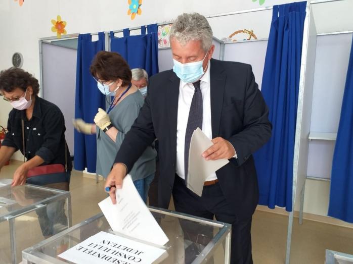 Daniel Buda, la Cluj: Am votat pentru acele echipe care reprezintă garanția unei vieți mai bune