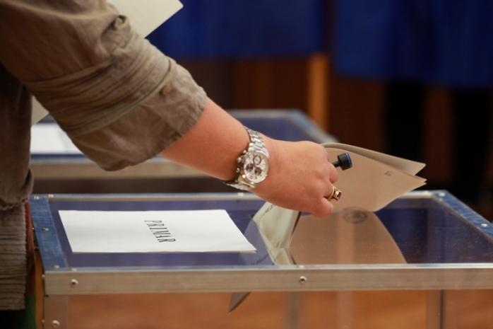Cinci dosare penale deschise la Cluj pentru fraudă electorală și coruperea alegătorilor